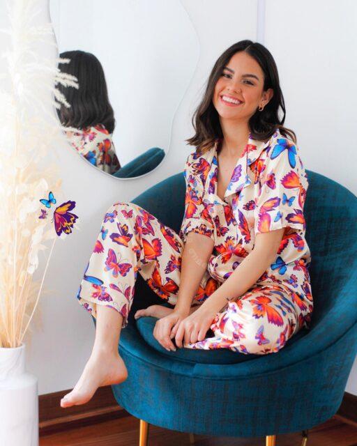 • Les presentamos nuestra nueva  Colección Safari 🦋🐯🦓⚡️🦚 •  ¡Hecha en la mejor seda premiun para que disfrutes de su suavidad y frescura de lujo en esta primavera! ✨🥰   Conoce todos los diseños disponibles en Pantalones & Shorts en www.widwild.com   #seda #safari #pjs #premiun #silk #pijamas #sleepwear #homewear