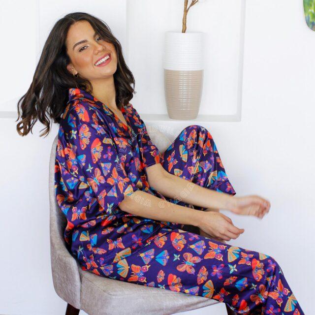 ¿Sabías que las telas de nuestros pijamas influyen bastante en el descanso correcto de tu cuerpo? 💜   Pensando en ustedes hemos creado una nueva colección hecha de Seda Premium, está compuesta de una propiedad termorreguladora 🌟 esta te mantiene fresca en los meses más calurosos y te abriga en los días más fríos. 😍  Encuentra nuestras 🦋 Pj. Morphology 🦋 en nuestra web: www.widwild.com  #butterflies #silk #seda #pjs #pijamas #homewear #sleepwear #sleep #bestpjs #pajamas